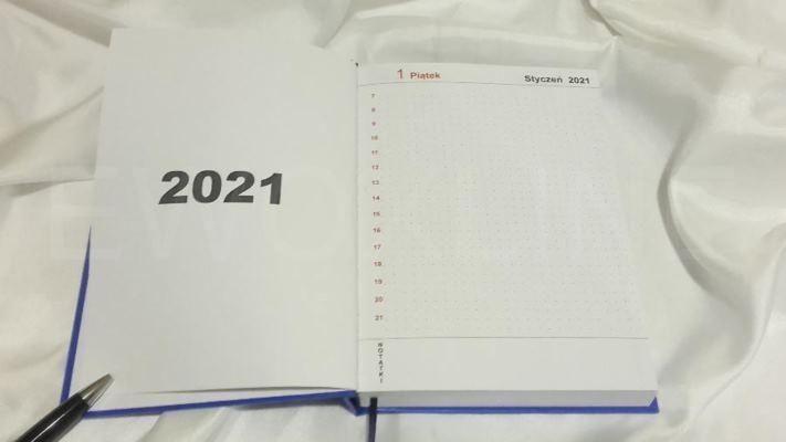 Kalendarz książkowy A5