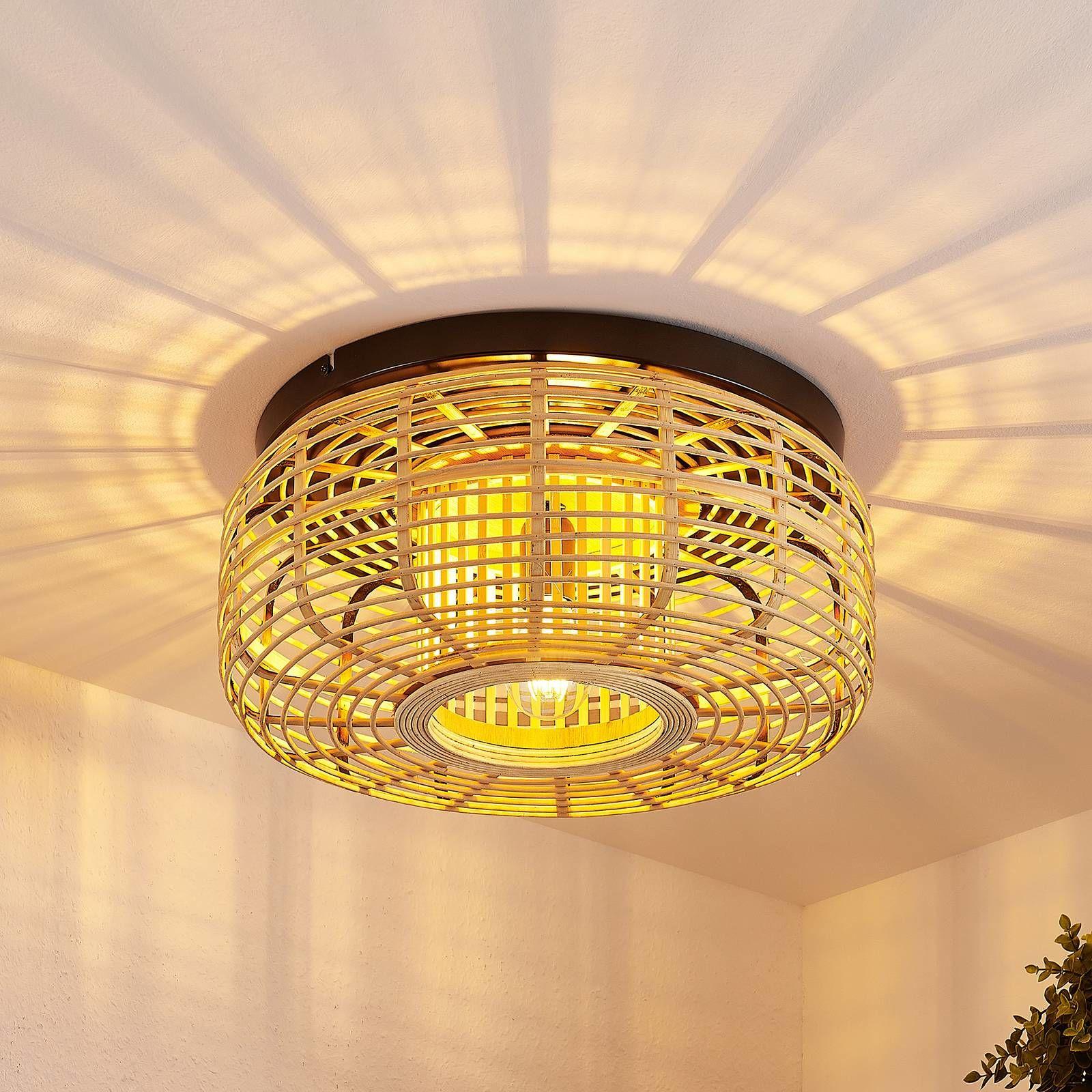 Lindby Ollena lampa sufitowa z ratanowym kloszem