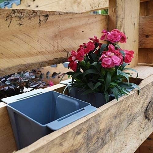 Doniczka +uchwyty do montażu na paletę lub płot Easy 10x10x10cm różowa