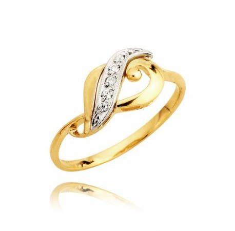 Złoty pierścionek z góry przełożony białym złotem i delikatnymi cyrkoniami