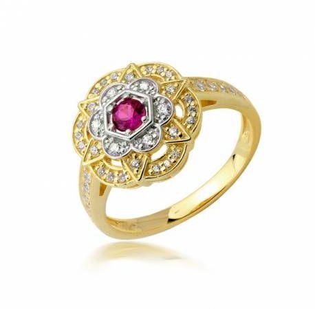 Złoty pierścionek ze wzorem w kształcie kwiatka