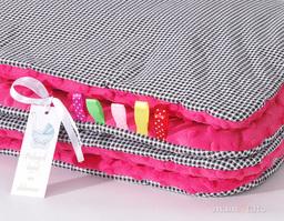 MAMO-TATO Kocyk Minky dla niemowląt i dzieci 75x100 Pepitka czarna / fuksja