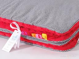 MAMO-TATO Kocyk Minky dla niemowląt i dzieci 75x100 Pepitka czarna / czerwony