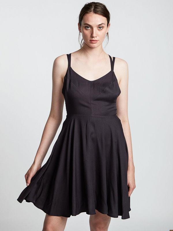 Element HEART TWILL OFF BLACK krótkie sukienki