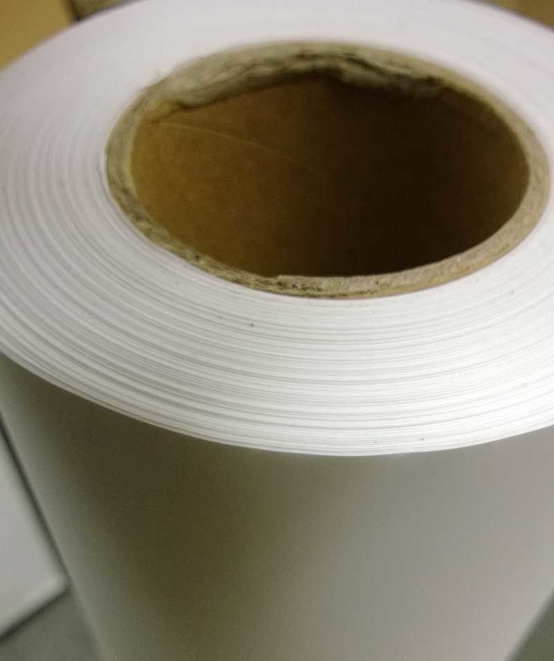 Folia matowa samoprzylepna polipropylenowa do tuszu pigmentowego 120g/m2, dł roli 30 Metrów, szer. 36 cali