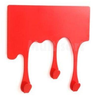 Wieszak ściekająca krew
