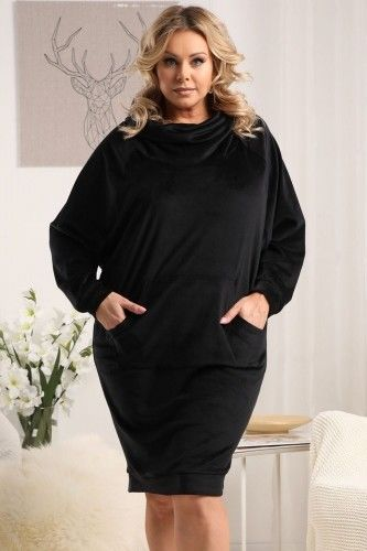 Sukienka modna z VELVET z golfem oversize AURIKA czarna
