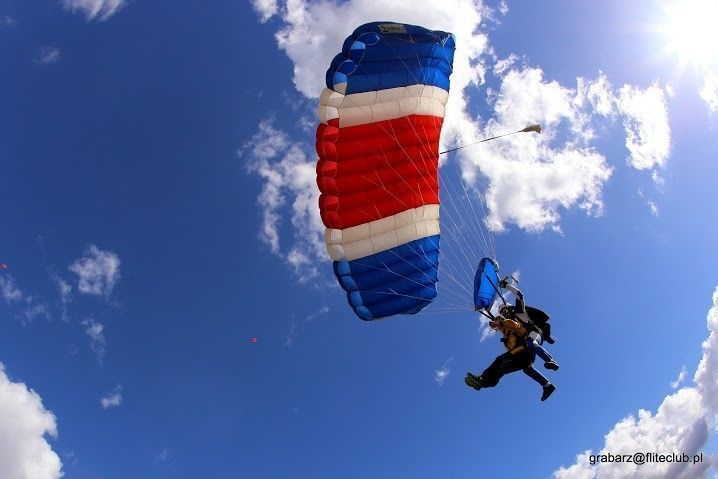 Skok ze spadochronem - Włocławek