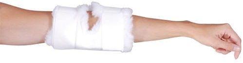 Ochrona na łokieć z włosia poliestrowego na rękę wyprostowaną w łokciu