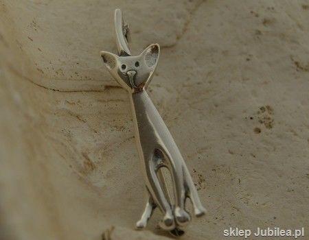 Kot - srebrna broszka