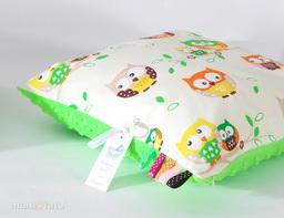 MAMO-TATO Poduszka Minky dwustronna 40x40 Sówki kremowe / limonka
