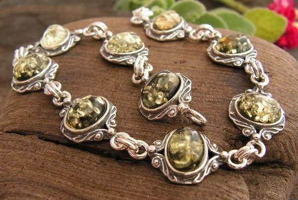 Lunga - srebrna bransoletka z bursztynem