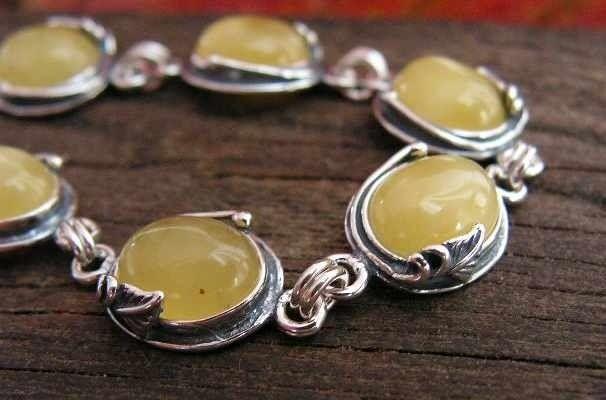 Layla - srebrna bransoletka z bursztynem