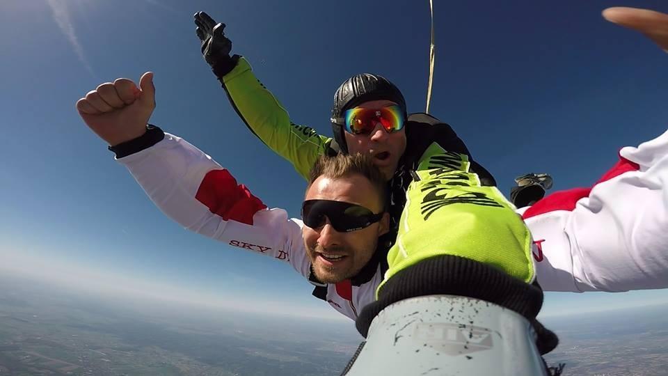 Skok ze spadochronem  Tarnów