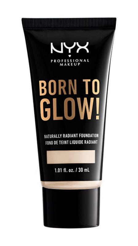 NYX Professional Makeup - BORN TO GLOW - NATURALLY RADIANT FOUNDATION - Rozświetlający podkład do twarzy - PORCELAIN