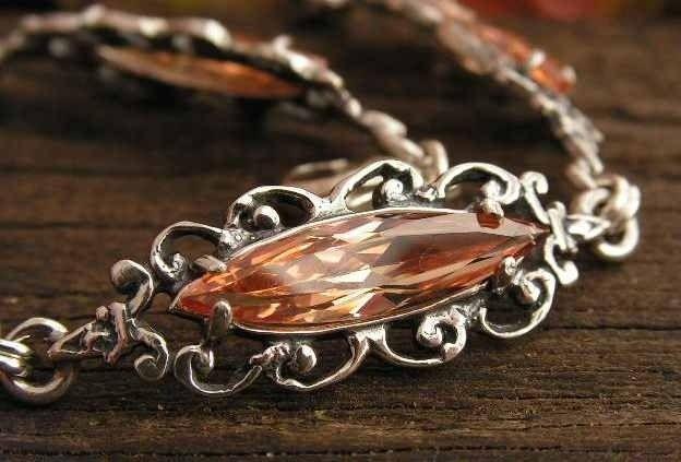 Charo - srebrna bransoletka z topazem złocistym