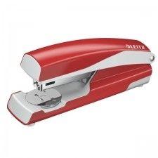 Zszywacz LEITZ 5502 Średni Metalowy NEW NEXXT, 30 Kartek Czerwony