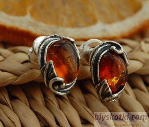 Ines - srebrne kolczyki z bursztynem