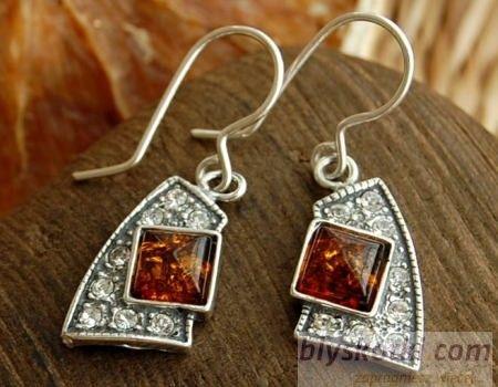 Gioco - srebrne kolczyki z bursztynem i kryształkami