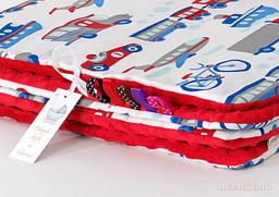 MAMO-TATO Kocyk Minky dla niemowląt i dzieci 75x100 Auta z rowerami / czerwony