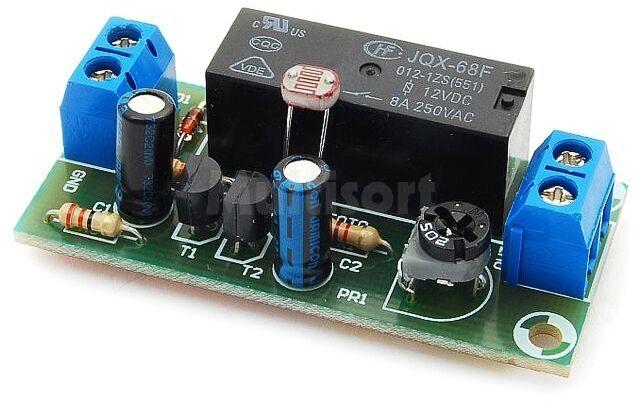Automatyczny włącznik zmierzchowy (do montażu)