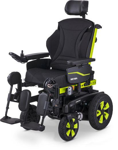 Elektryczny wózek pokojowy z tylną amortyzacją na sprężynach i regulowanymi podłokietnikami - żelowe akumulatory, napęd tylny, zdejmowane i odchylane