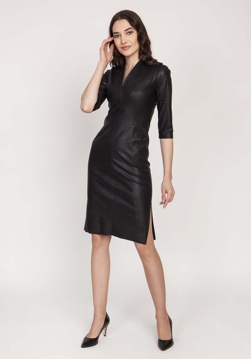Czarna dopasowana skórzana sukienka z dekoltem v