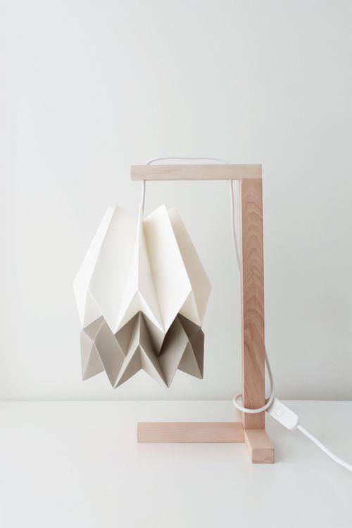 Lampa stołowa Table Polar White/Light Taupe Orikomi minimalistyczna oprawa w nowoczesnym stylu