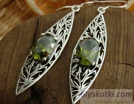 Olena - srebrne kolczyki z oliwinem