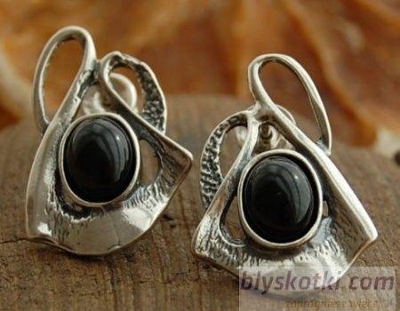 Fane - srebrne kolczyki z onyksem