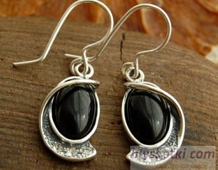 Vincola - srebrne kolczyki z onyksem i kryształkami