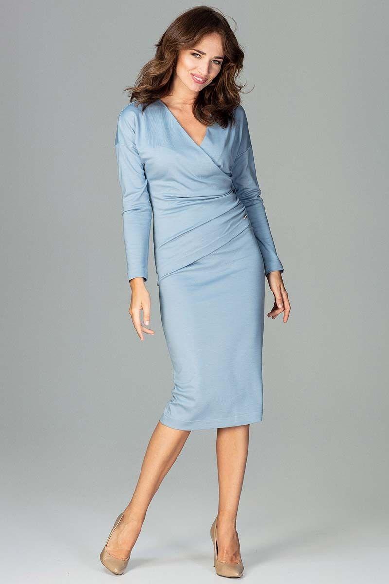 Niebieska stylowa sukienka z kopertowym dekoltem