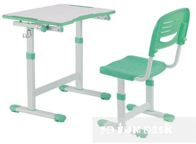 Regulowane biurko z krzesełkiem Piccolino II Green