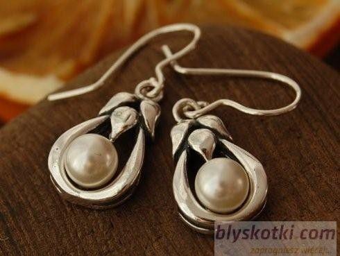 Clara - srebrne kolczyki z perłą