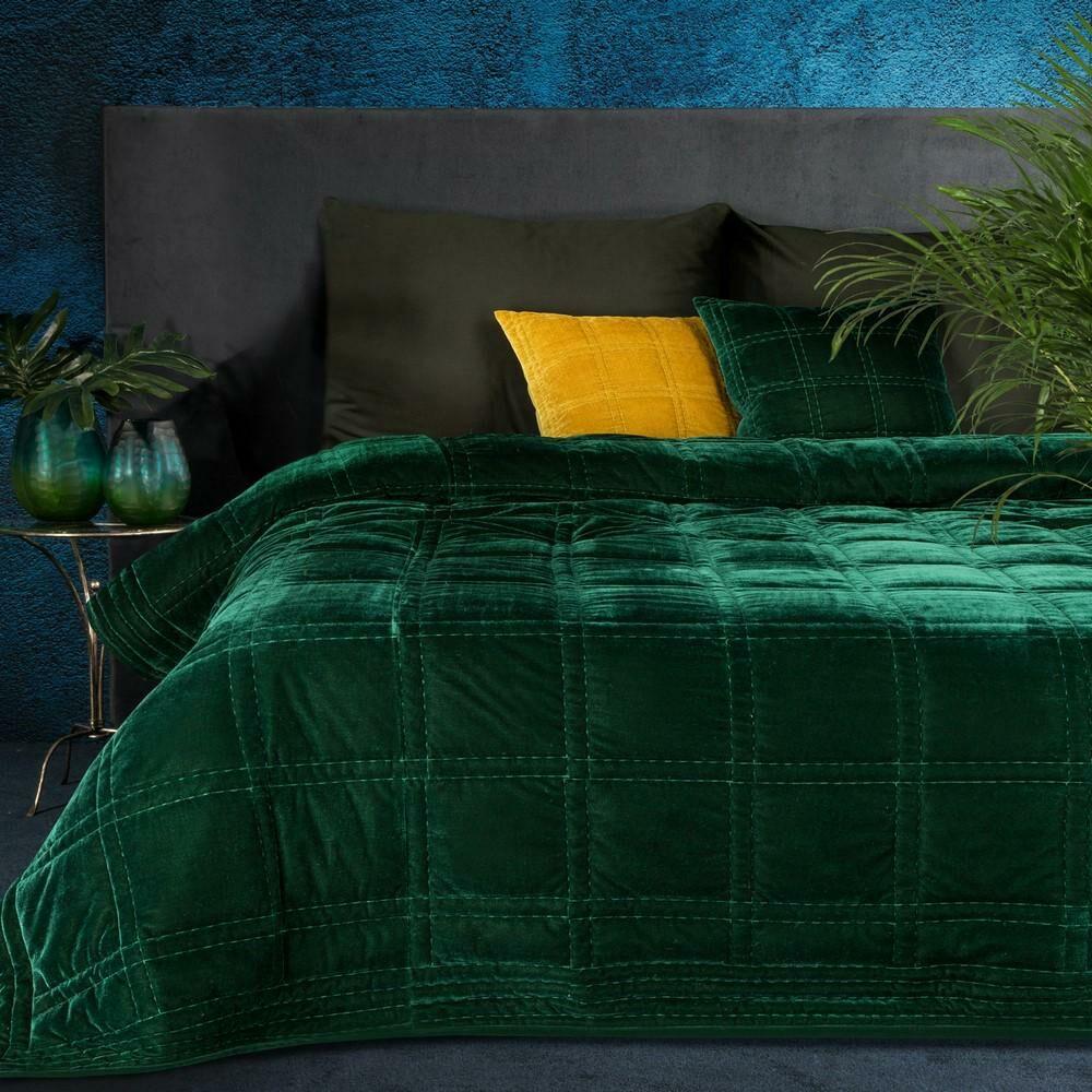 Narzuta dekoracyjna 170x210 Kristin 2 zielona ciemna welwetowa geometryczna Eurofirany