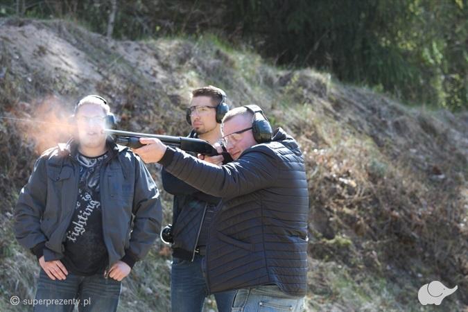 Strzelanie ze strzelby w Białymstoku