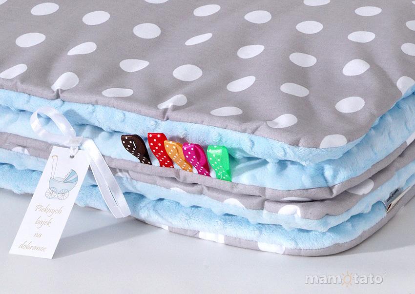 MAMO-TATO Komplet kocyk Minky do wózka + poduszka Grochy szare / błękit - ocieplony