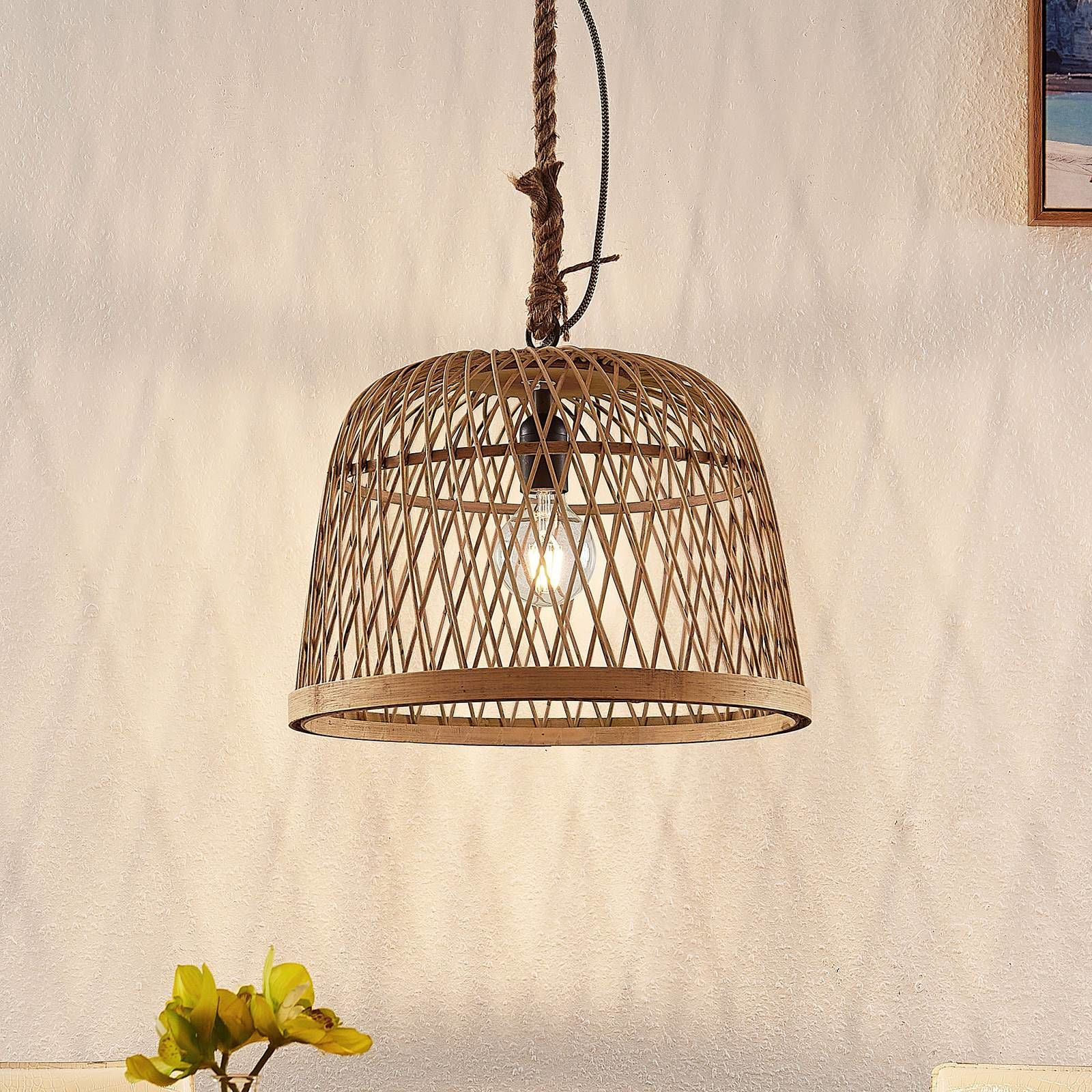 Lindby Arratoi lampa wisząca z rattanu, naturalna
