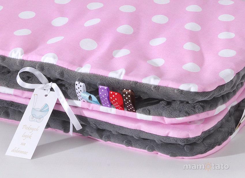 MAMO-TATO Komplet kocyk Minky do wózka + poduszka Grochy różowe / szary - ocieplony WYPRZEDAŻ