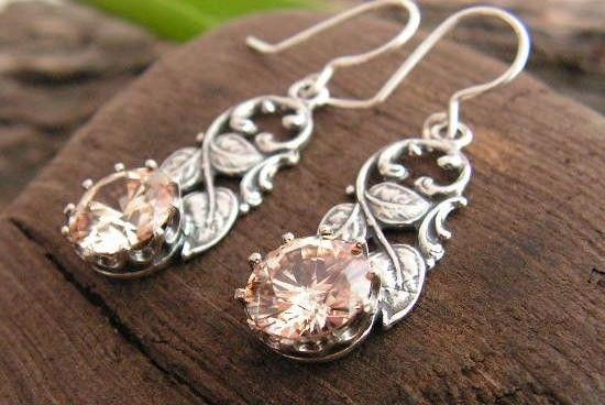 Timor - srebrne kolczyki z topazem złocistym