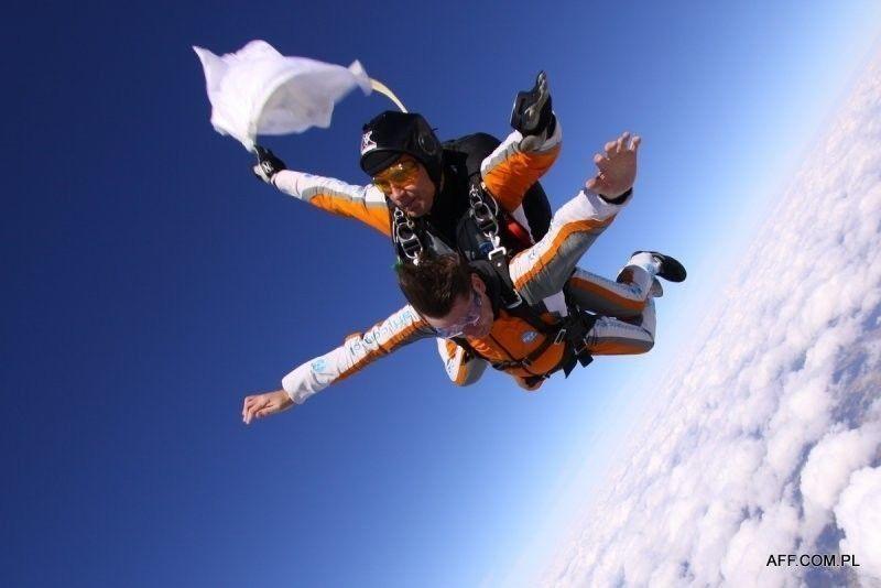 Skok ze spadochronem - Hel (Półwysep Helski)