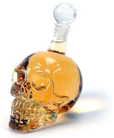 Karafka kryształowa w kształcie czaszki 500ml