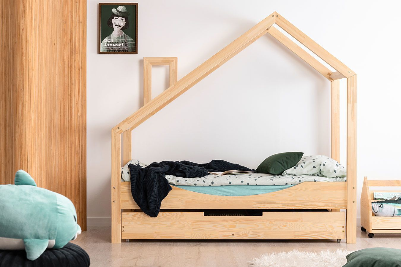 Drewniane łóżko dziecięce domek z szufladą Lumo 11X