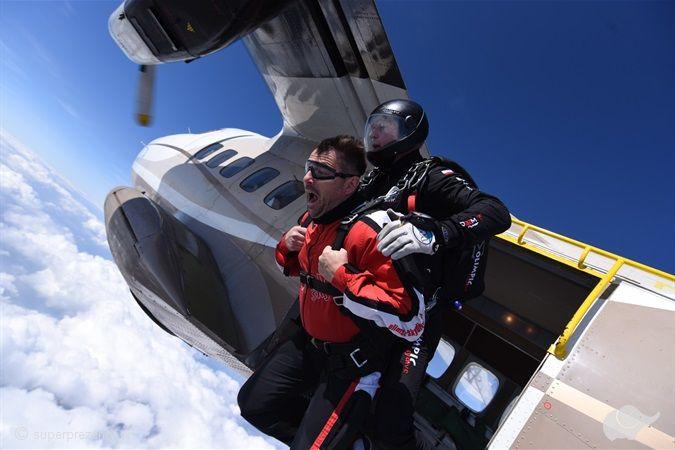 Skok spadochronowy STANDARD z filmowaniem w Ostrowie Wielkopolskim