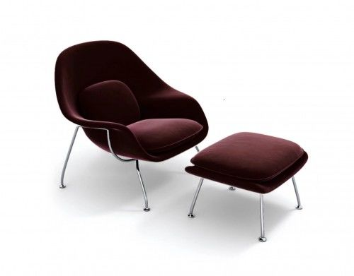 Fotel aksamitny z podnóżkiem Insp. Womb Chair