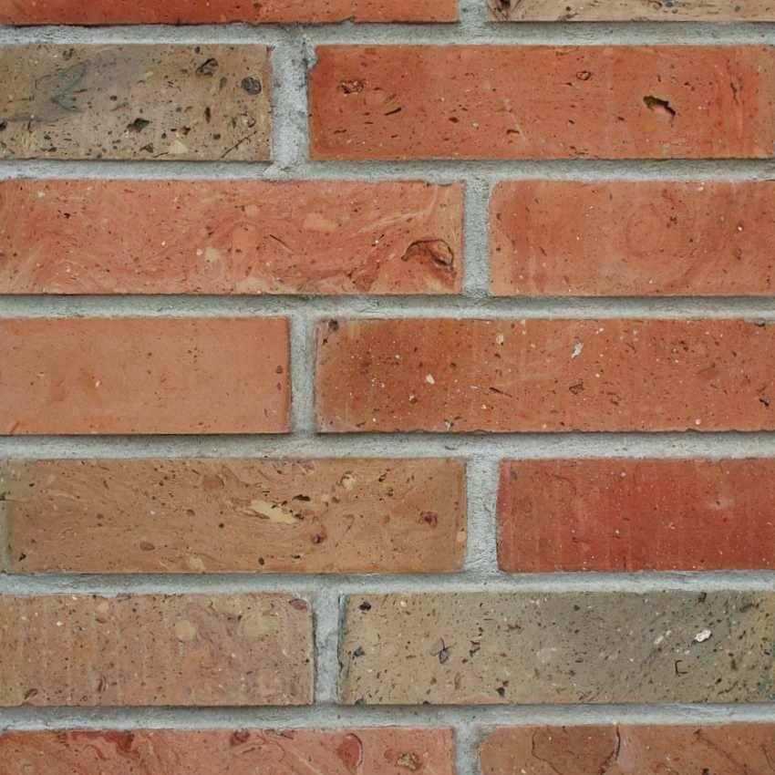 Płytki z cegły rozbiórkowej jasnej - Płytki cięte ze środka cegły