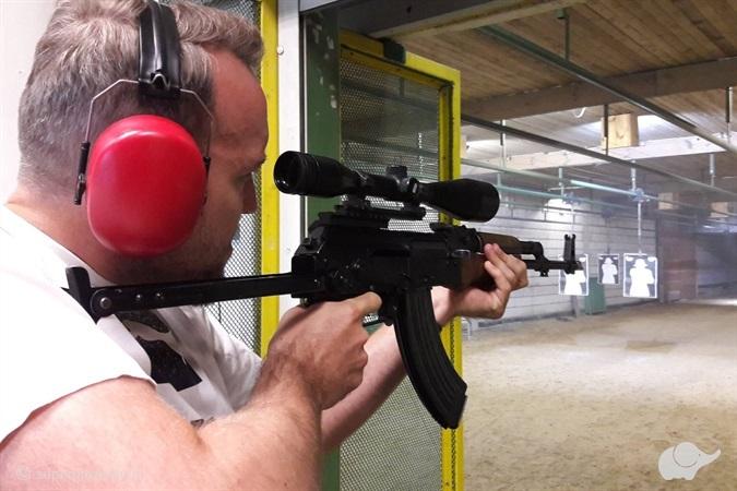Strzelanie z Kałasznikowa w Białymstoku
