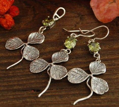 Koniczynka - srebrny z oliwinem