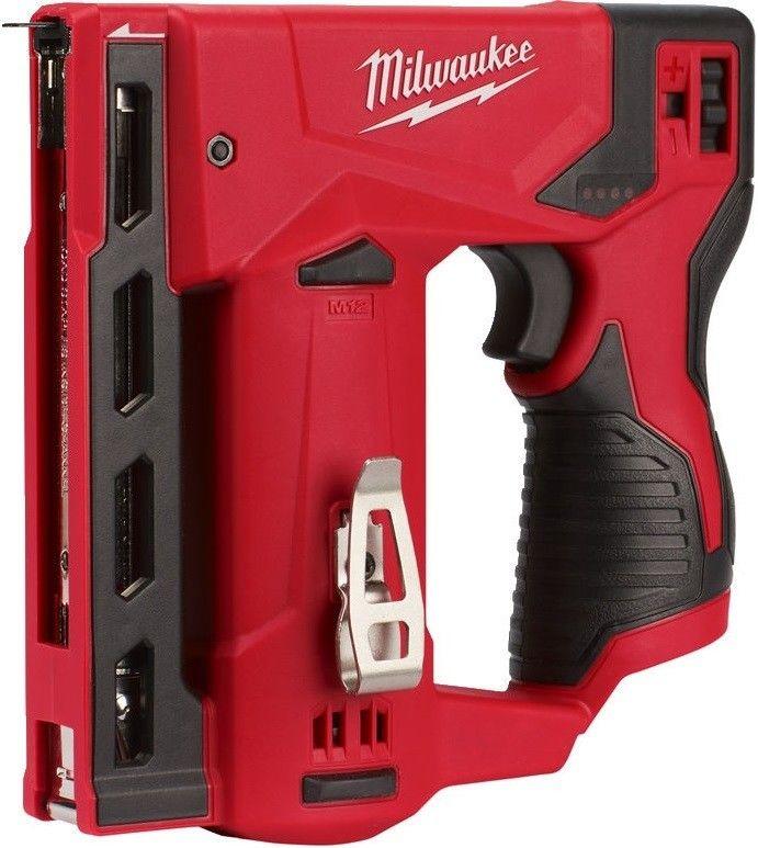 Subkompaktowy zszywacz Milwaukee M12 BST + akumulator M12 B3 + akumulator z ładowarką NRG Pack M12 NRG-201