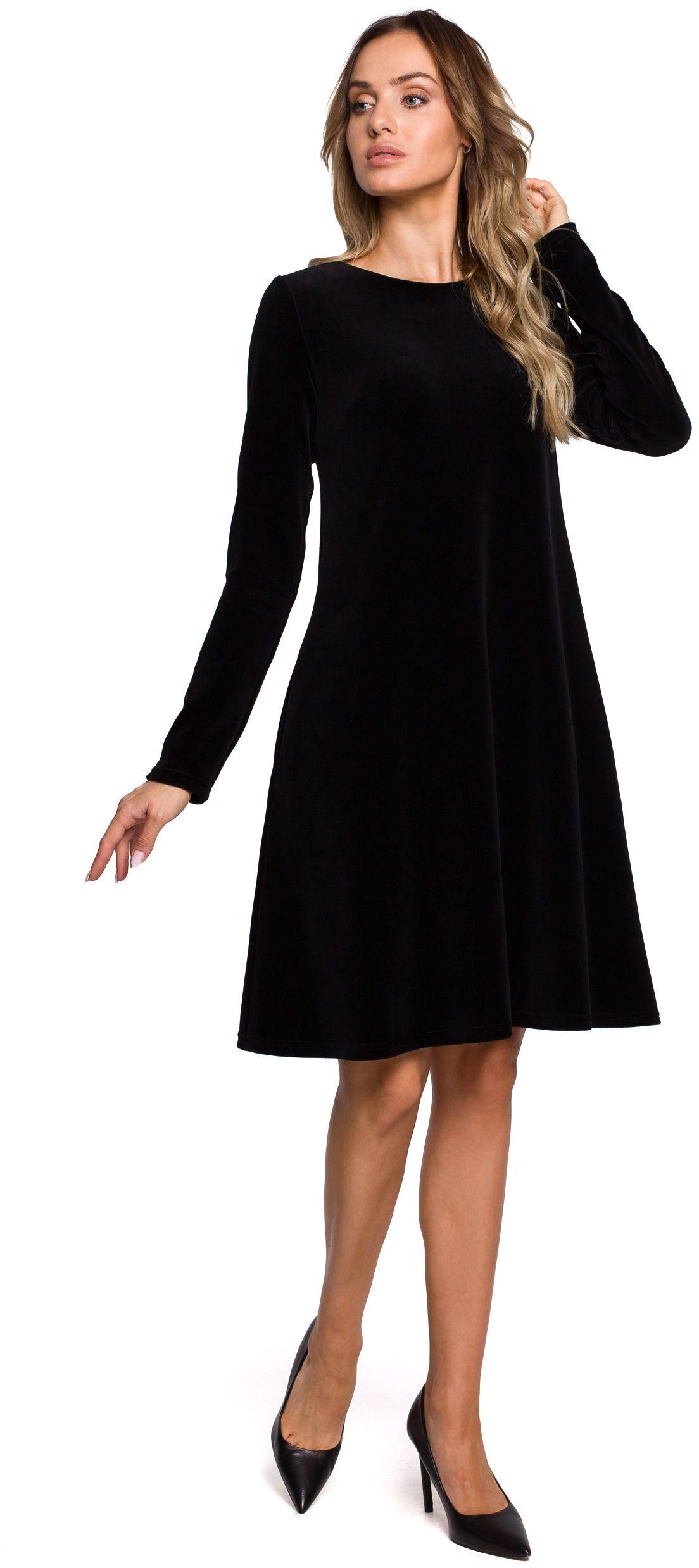 Czarna trapezowa sukienka z weluru